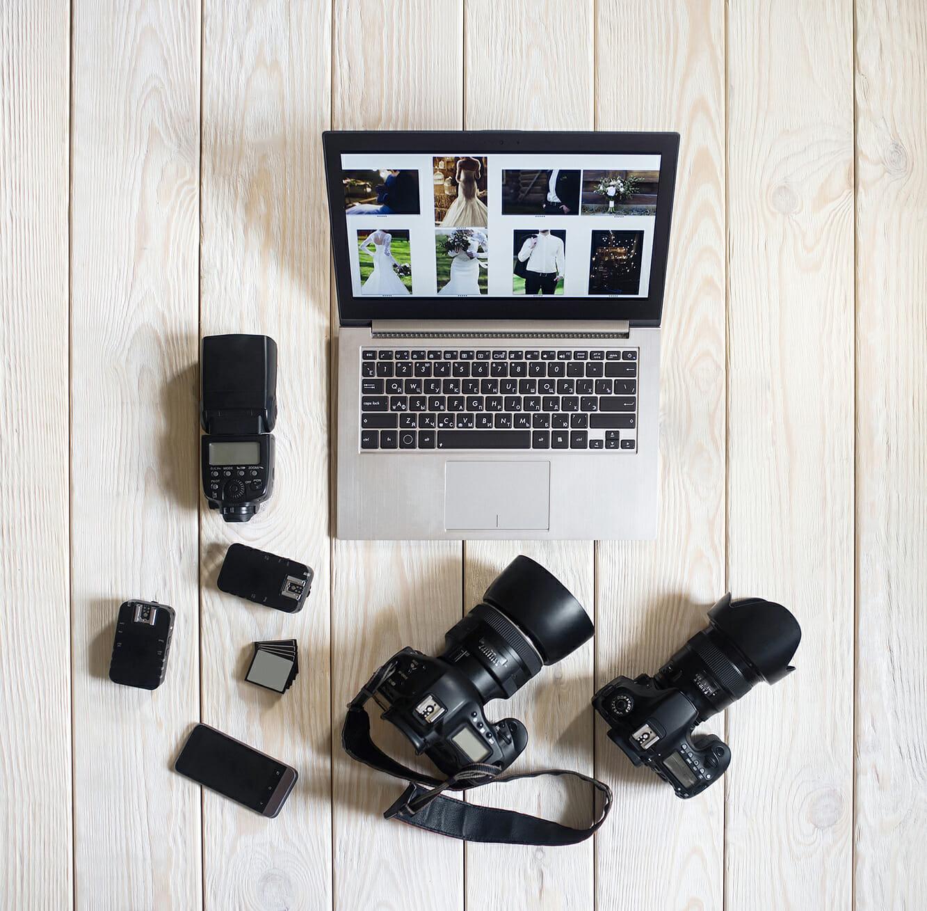 wedding photography camera bag tips