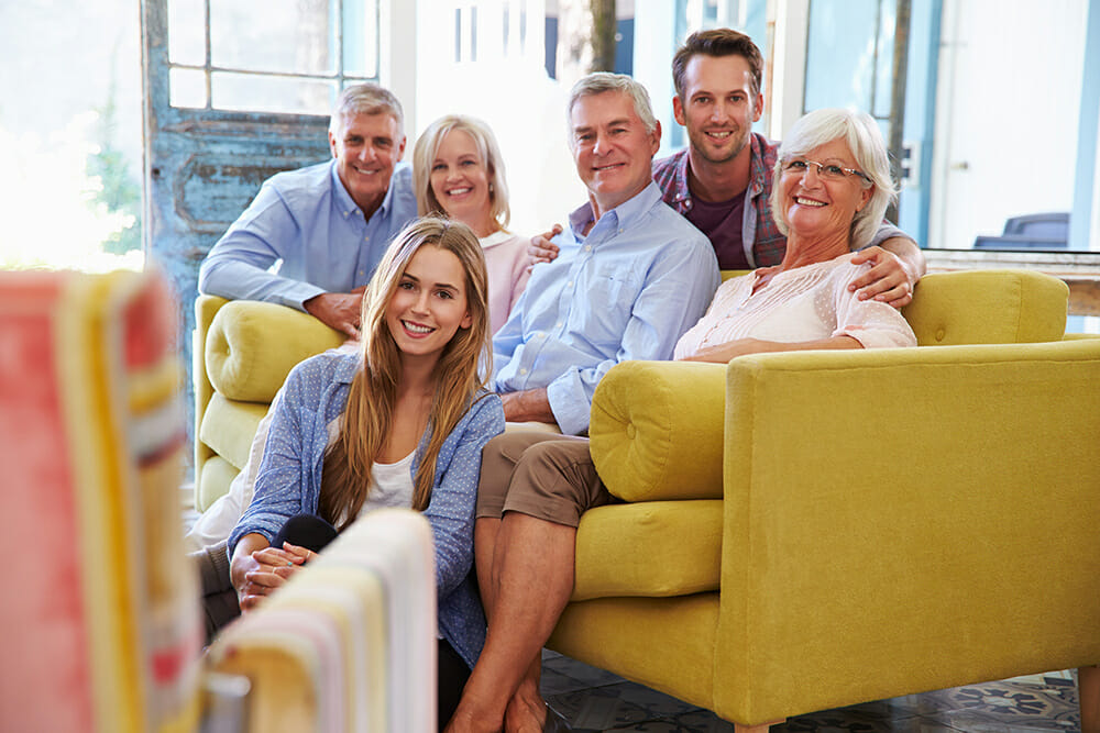 family portrait photography tips sofa