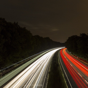 light trails red white road cars long exposure