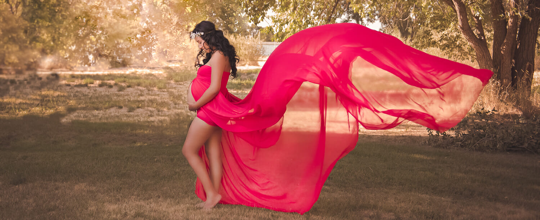 iphotography Jessica Nightingale pregnancy maternity dress bump pink